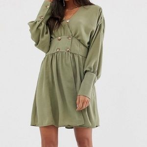 ASOS | NWT Green Long Sleeve Midi Dress